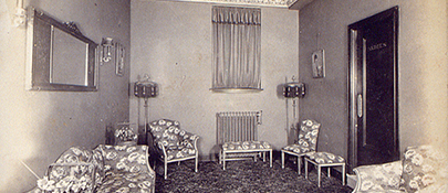 Ladies Retiring Room 1922
